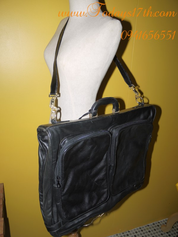 กระเป๋าหนังแท้ใส่สูทสะพายข้าง