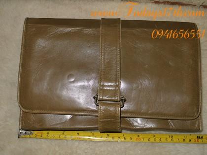 กระเป๋าคลัทช์หนังแท้ใส่อุปกรณ์/เครื่องสำอาง